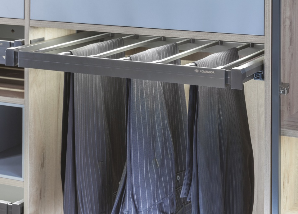 Trousers rack 800x500x60 mm Mocca The product is designed for 9 pairs of trousers. The aluminium tubes are finished with non-slip pads so to prevent clothes from falling rod. Full extension of the rack provides access to each pair of pants